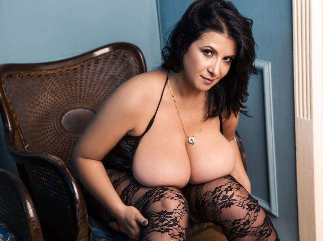 chubby girls cam